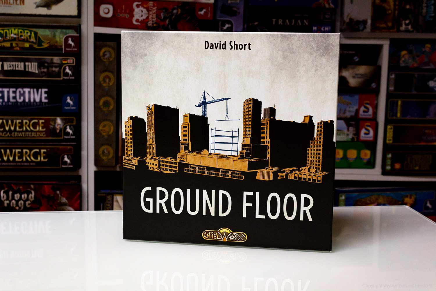 GROUND FLOOR // Das Spielmaterial