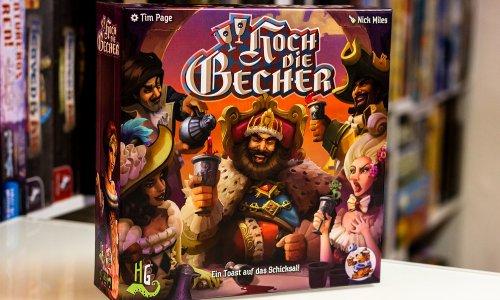 TEST // HOCH DIE BECHER